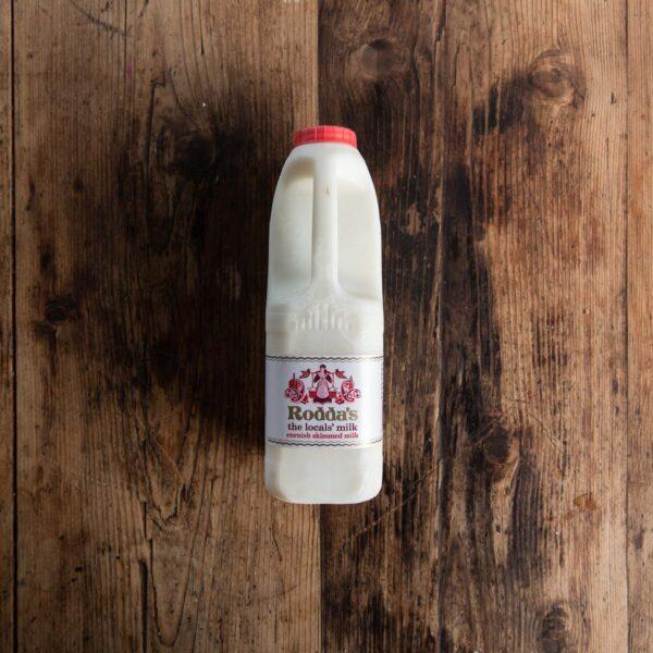 Roddas skimmed milk 2litre
