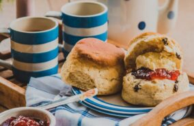 Bake tom's Cornish Cream Tea