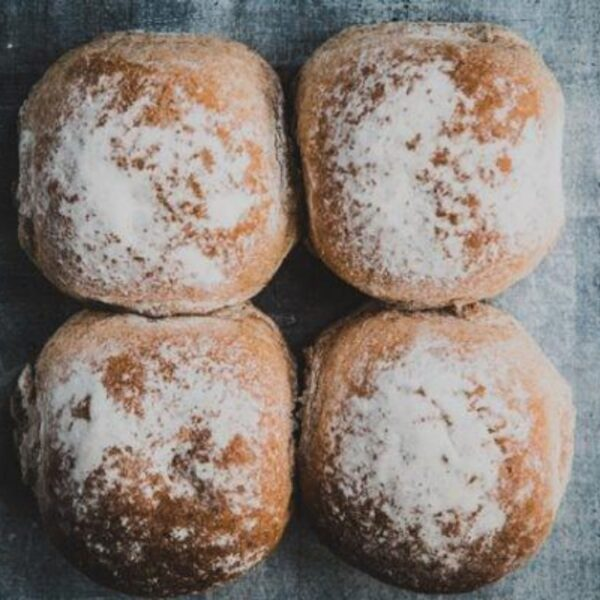 Baker toms wholemeal rolls