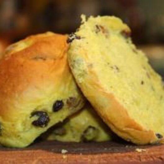 Vickys saffron buns, a very cornish tea time snack