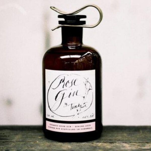 Rose tinkture gin